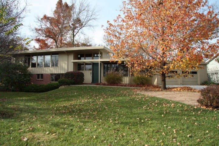West Hills. Architect: Robert W. Morley & Associates, 1954