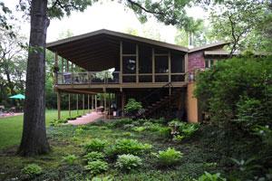 Hillcrest. Architect: Mackie & Roarke, Overland Park, Kan., 1958