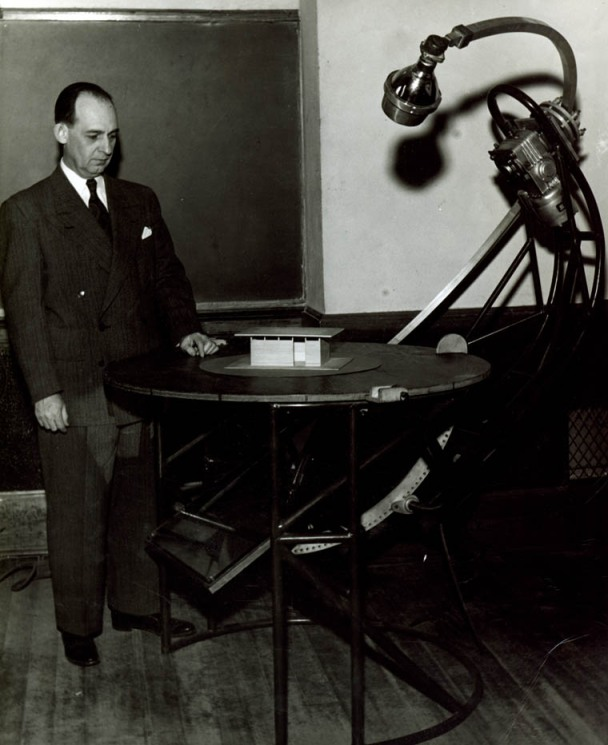 George Beal demonstrating his Heliodon invention, 1953