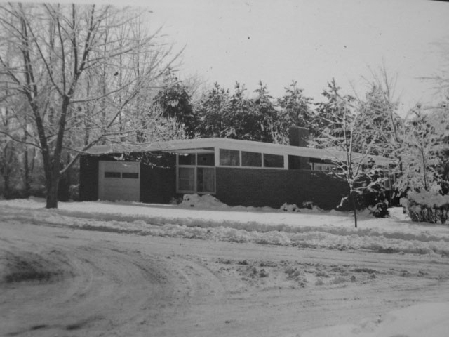 Wiseman Residence, 1661 Stratford Rd., in the 1960s