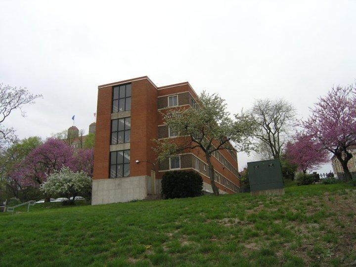 East facade Sprague apartments